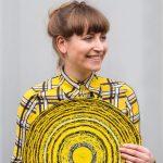 Simone Post met haar werk Post-Vlisco door Jan Jaap van Rijn