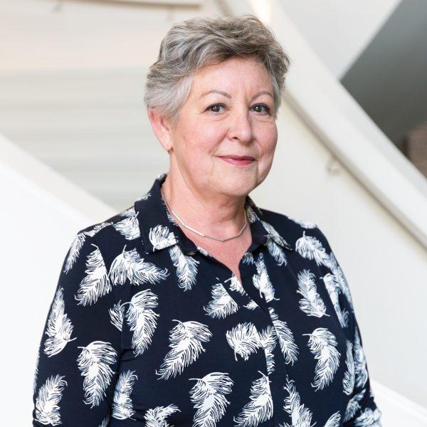 Portret Thea Sterken